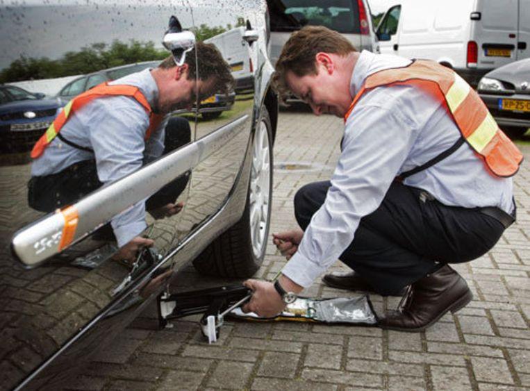 Maandag begint de Bovag met de dienst, die de concurrentie moet aangaan met de Wegenwacht van de ANWB en Route Mobiel. Foto ANP/Vincent Jannink Beeld