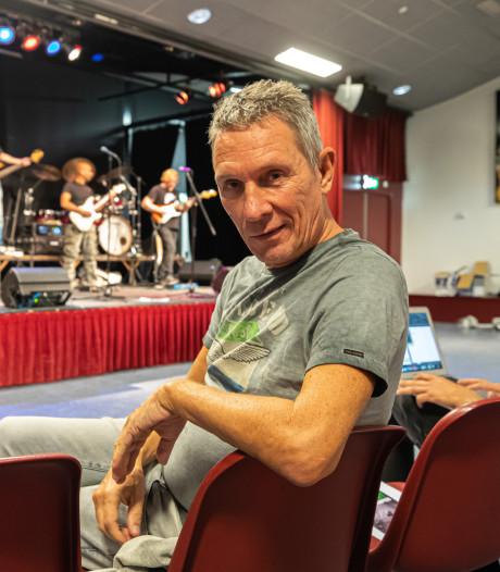 DJ Luuk Braun en band zorgen voor muzikale wereldavond: 'Pink Floyd, Camel en Genesis zijn heilig'