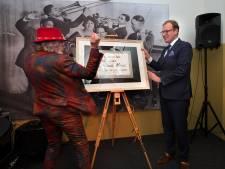 Bennie Jolink ramt expositie open: 'Ik ben maar een eenvoudige boerenlul'