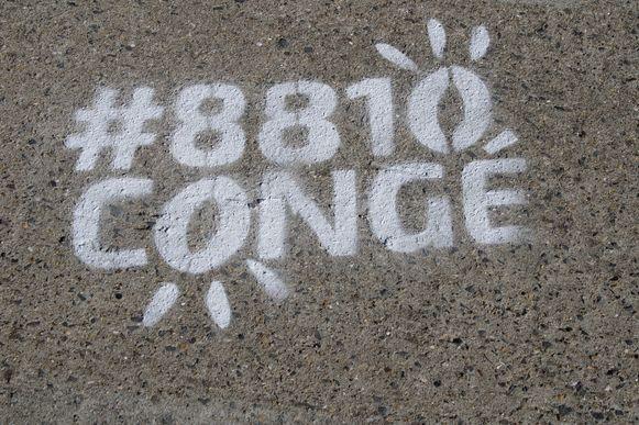 Het logo van #8810Congé
