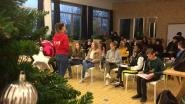 GO! Atheneum Herzele en KAZ-klas schenken 1.150 euro aan De Warmste Week