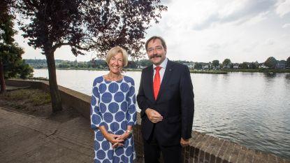 Gouverneur van Nederlands-Limburg heeft een Belgische als secretaresse