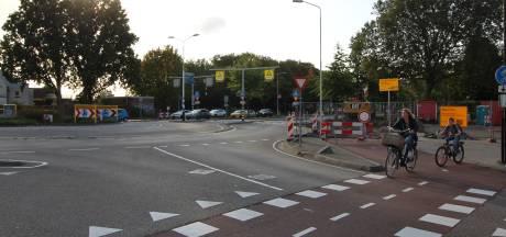 Ook de gemeente Roosendaal houdt zorgen over opgeknapte rotonde Burgemeester Freijterslaan: 'Maar dit was het maximaal haalbare'