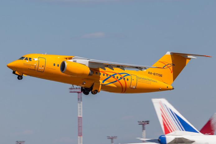 Een An-148 van Saratov Airlines. Een soortgelijk vliegtuig zou zijn neergestort nabij Moskou