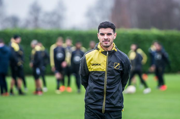 Karami wordt door NAC gehuurd van Vitesse.