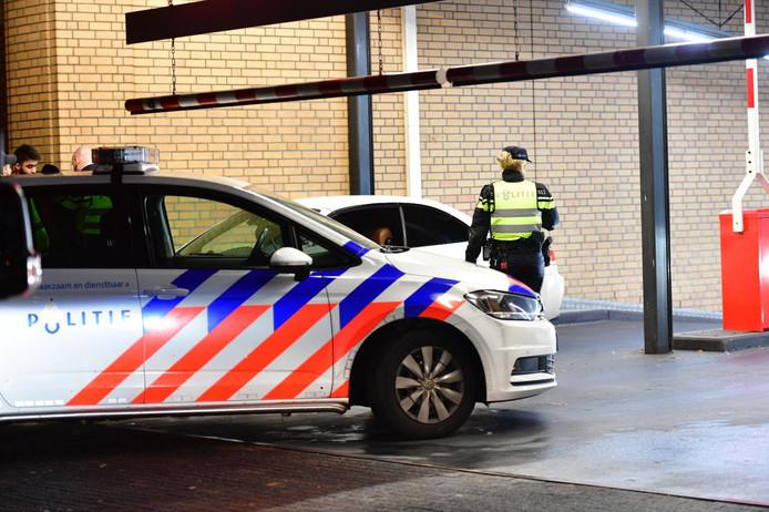 De politie deed op oudejaarsnacht onderzoek naar de mishandeling.