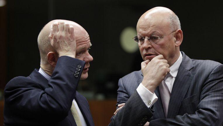 De Britse minister van Buitenlandse Zaken William Hague met zijn Nederlandse ambtgenoot Uri Rosenthal. Beeld null