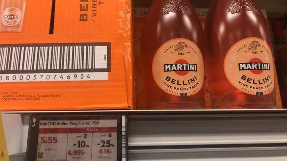 In sommige winkels van Colruyt betaal je slechts 3,71 euro voor een fles Martini terwijl de gangbare prijs 9,99 euro bedraagt.