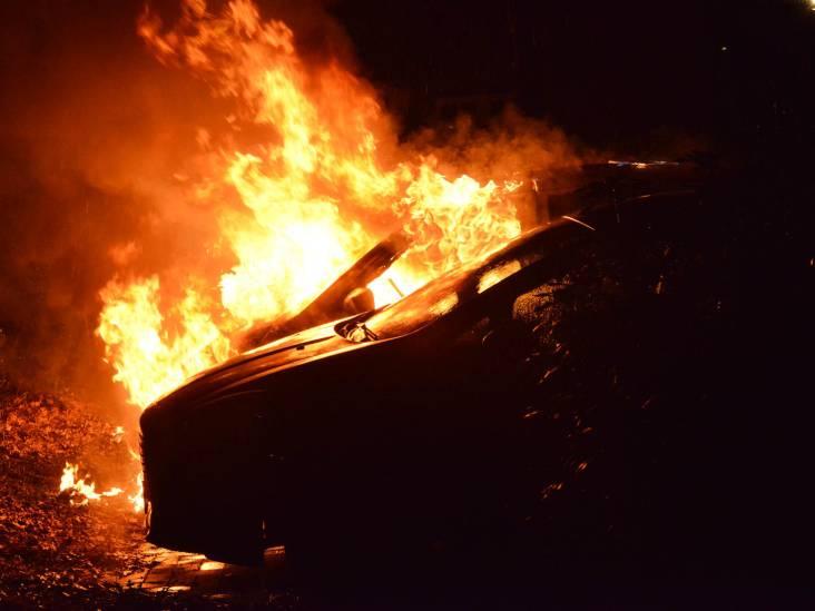 Drie auto's in brand gevlogen op Galderseweg in Breda