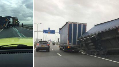 Ook in Nederland zijn vrachtwagens speelbal van de wind