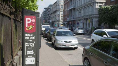"Vlaams ombudsman neemt 4411 in vizier: ""Sms-parkeren werkt niet altijd"""