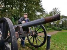 Kanon in Scholtenhagenpark met veel geweld opgeblazen