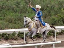 Zware val president Turkmenistan toch in volle glorie te zien