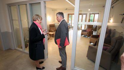 Minister Vandeurzen opent huis voor mensen met jongdementie