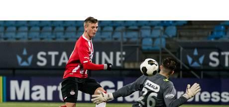Gudmundsson vloert RKC  namens Jong PSV met hattrick