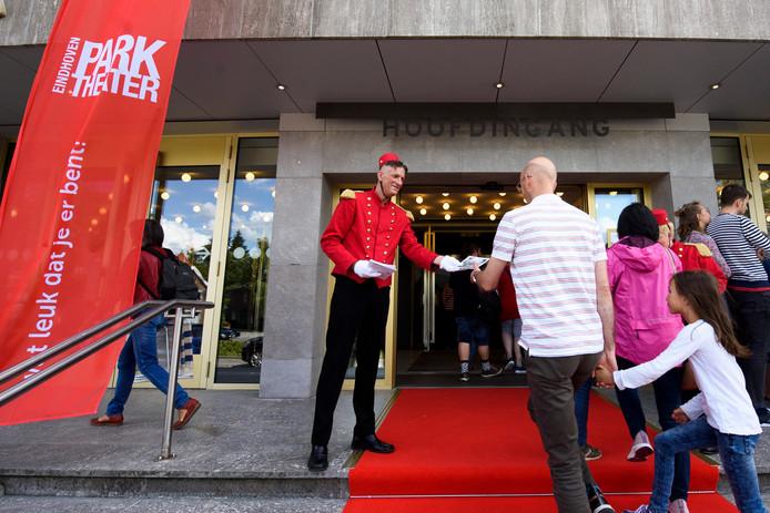 De deuren van het Parktheater blijven de komende dagen dicht.