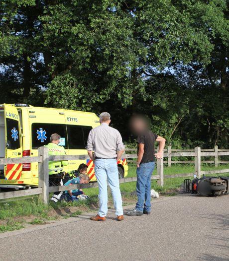 Traumahelikopter opgeroepen voor gewonde scooterrijder in Lunteren