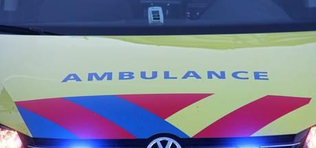 Scooterrijder zwaargewond bij ongeval in Hoek