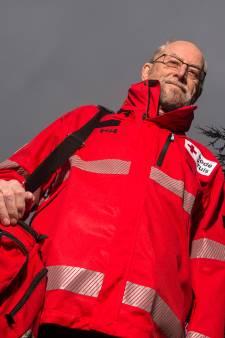 Jan uit Duiven zit 60 jaar bij het Rode Kruis: 'Dat haalt niemand meer'