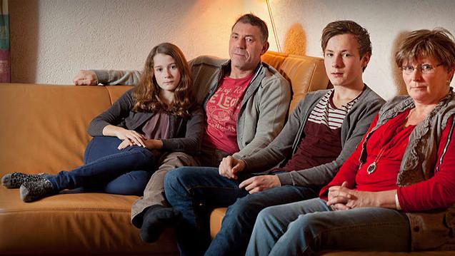 Anton Krops met zijn vrouw Irene en kinderen Julian en Kim