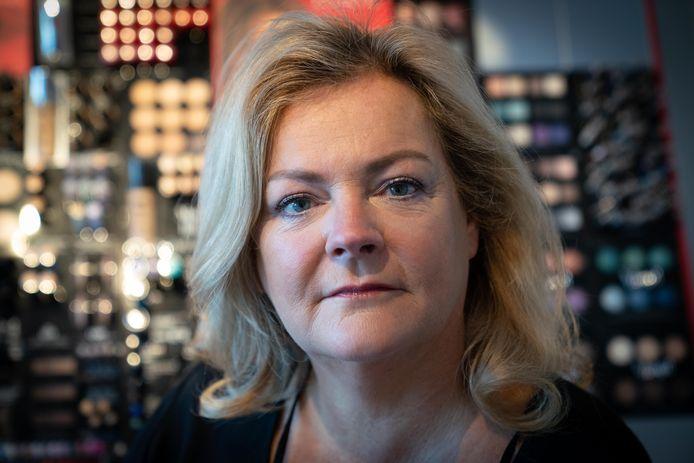 """Angela Heukeshoven zet zich al voor het tiende jaar in voor het Winterfestijn in Elst. ,,Ik ben eigenlijk niet anders meer gewend."""""""