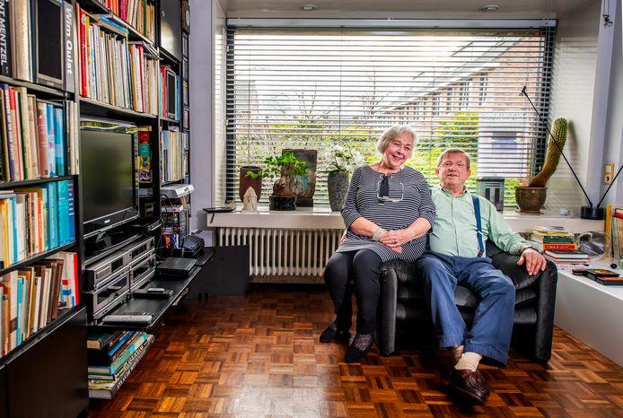 Joost en Lenny van Iperen kochten ongezien hun huis in Nieuwerkerk aan den IJssel.