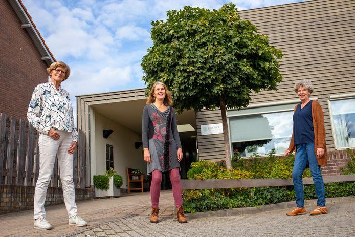 Marijke Rekers, Simone Timmer en Gert Janssen (van links naar rechts).