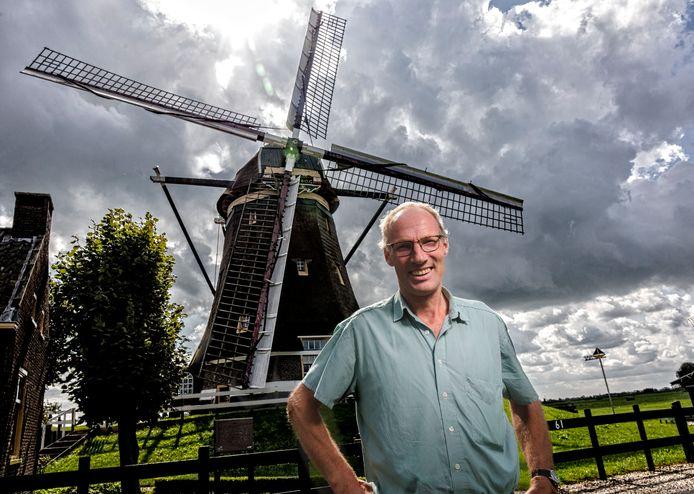 Johan Slingerland bij zijn molenviergang in Aarlanderveen.