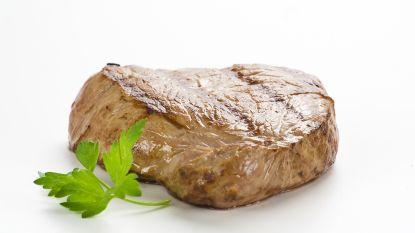 We eten 300 miljoen dieren per jaar op (tot 980 gram vlees per week)