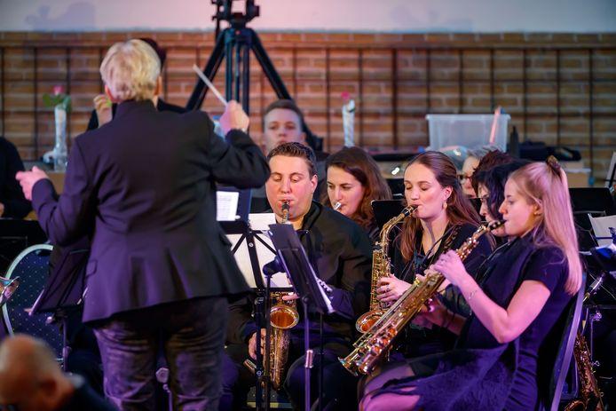 Fanfare Muziek Veredelt verzorgde in 2019 een middagje Maestro in de kerk van Langeweg. Kan dat straks nog? Muziekverenigingen dreigen te worden gekort.