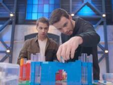Jos (21) en Martijn (21) uit Deventer winnen in eerste aflevering LEGO MASTERS