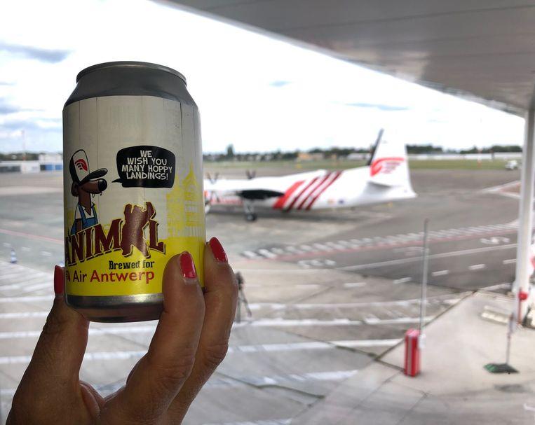 Het nieuwe blikje van Janimal wordt geserveerd op de eerste vluchten van Air Antwerp.
