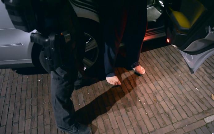 De Nederlandse en Italiaanse politie doen woensdag een inval in het Limburgse Tegelen. Ze arresteren leden van de Ndrangheta tijdens een grote Europese actie tegen deze maffiaclan.