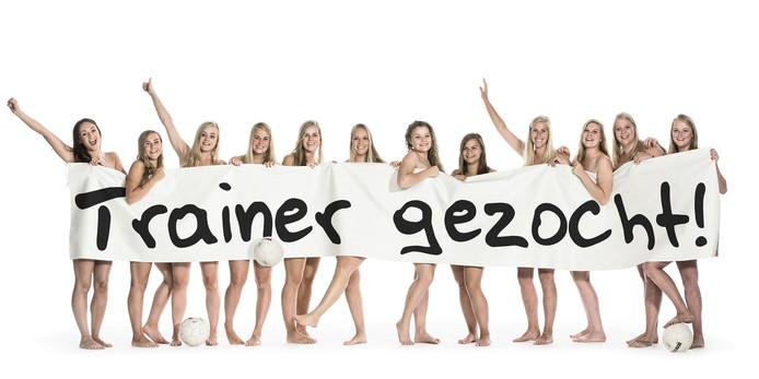 2015: Met een uitdagende foto hoopte De Tukkers een trainer te vinden.