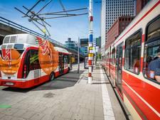'Je auto opladen aan bovenleiding tram'