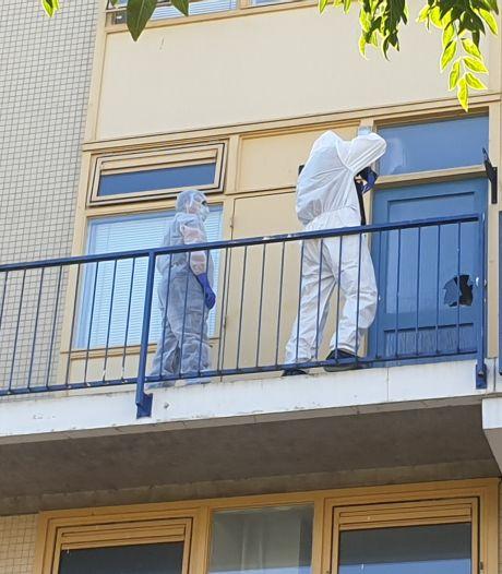 Zwaargewond aangetroffen vrouw op balkon in Nijmegen niet door misdrijf om het leven gekomen