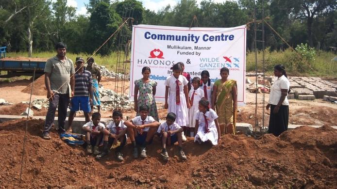 De bouw van het gemeenschapscentrum wordt gemarkeerd. Foto: Wilde Ganzen