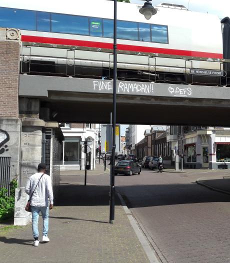 PVV wil geen 'Fijne Ramadan' meer lezen op Hommelse Poort