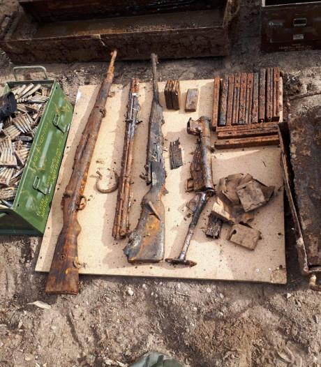 Kisten met wapens uit Tweede Wereldoorlog gevonden in bossen bij Malden