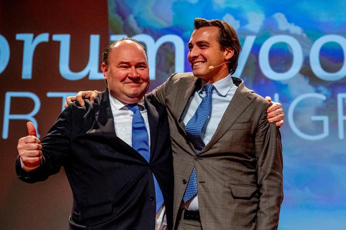 Baudet en Henk Otten tijdens het congres van Forum voor Democratie, voordat er frictie tussen de twee ontstond.
