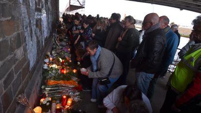 Meer dan duizend mensen herdenken Julie tijdens wake in Merksem