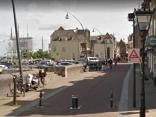 Overlast door kapotte pollers in winkelstraat Kampen