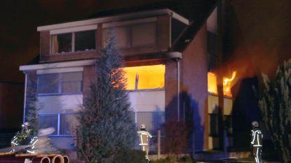 Brand verwoest appartement in Olen, bewoner lichtgewond