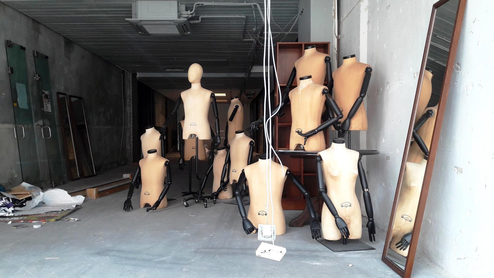 Deze kledingwinkel heeft het ook niet gered.