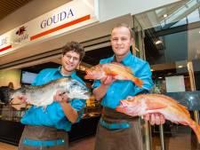 Hoe Goudse visboeren Sjaak (24) Jurian (23) van hun hobby hun werk maakten: 'Alles met vis is leuk'