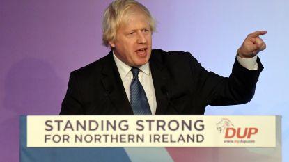 """""""Boris Johnson hield geheime gesprekken met gedoogpartij DUP om druk op May op te voeren"""""""