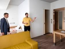 Staatssecretaris Blokhuis ziet 'meer warmte' in vernieuwde psychiatrische opvang in Arnhem