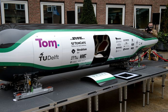 Aan de TU Delft werkt een team aan de Hyperloop, een kostbare nieuwe vervoersrevolutie.