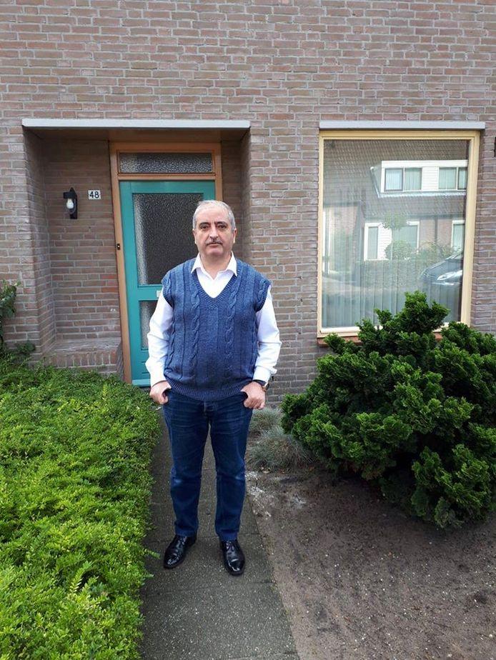 Arts Feisal Abou uit Syrië woont nu in Heesch en mag aan het werk als arts tijdens de coronacrisis