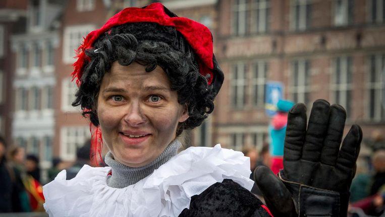 Het Amstelveense comité ziet niets in een roetveegpieten, die vorig jaar wel meeliepen in Amsterdam. Beeld anp